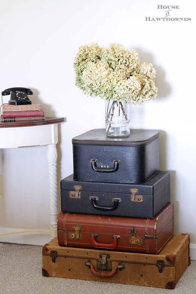 DIY Farmhouse Style Decor Ideas - Vintage Suitcases Display - Creative Rustic Ideas for Cool Furniture, Paint Colors, Farm House Decoration for Living Room, Kitchen and Bedroom #diy #diydecor #farmhouse #countrycrafts