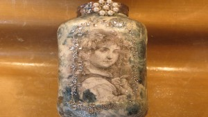 Upcycled Elegant Decoupaged Mason Jar With Jewels!
