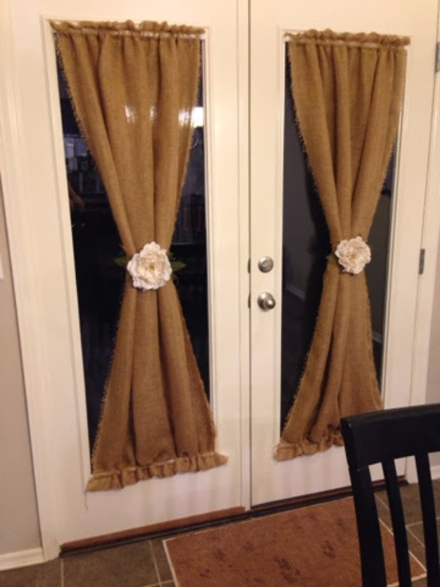 50 DIY Curtains and Drapery Ideas - DIY Burlap Curtains - Easy No Sew Ideas and Step by Step Tutorials for Drapes and Curtain Ideas - Cheap and Creative Projects for Bedroom, Living Room, Kitchen, Kids and Teen Rooms - Simple Draperies for Fabric, Made Out of Sheets, Blackout Curtains and Valances #sewing #diydecor #drapes #decoratingideas