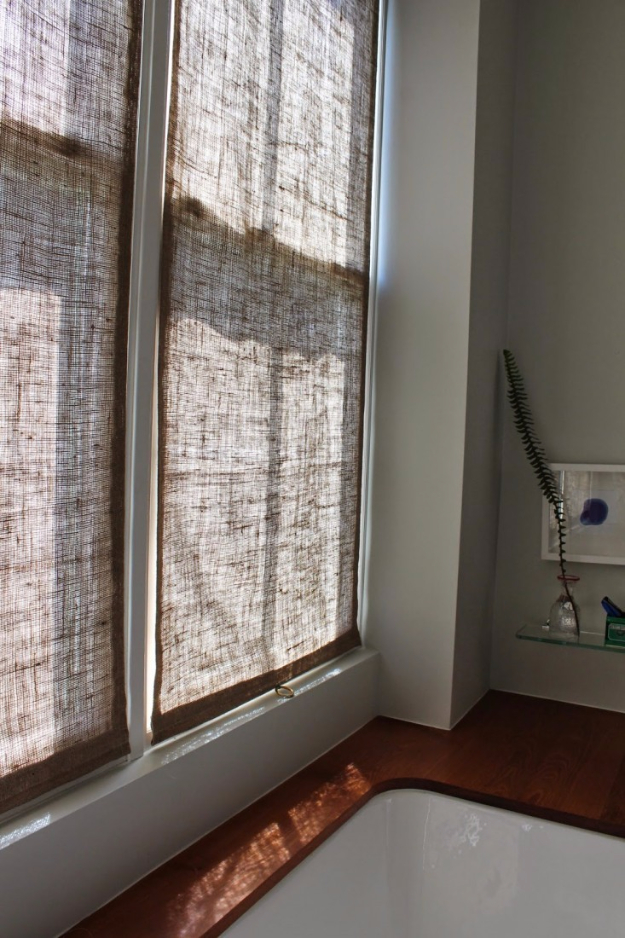 40 DIY Ways to Dress Up Boring Windows - Easy Burlap Shades - Cool Crafts and DIY Ideas to Make Awesome Bedrooms, Living Room Decor - Easy No Sew Ideas, Cheap Ideas for Makeovers, Painting and Sewing Tutorials With Step by Step Instructions for Awesome Home Decor