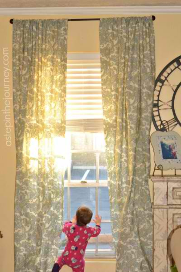 40 DIY Ways to Dress Up Boring Windows - Fabulous Curtain From A Twin Size Sheet - Cool Crafts and DIY Ideas to Make Awesome Bedrooms, Living Room Decor - Easy No Sew Ideas, Cheap Ideas for Makeovers, Painting and Sewing Tutorials With Step by Step Instructions for Awesome Home Decor