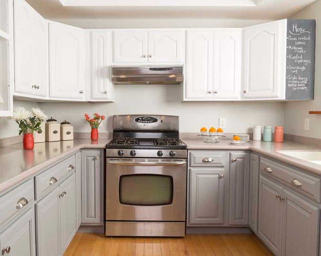 DIY Kitchen Makeover Ideas - Inexpensive Kitchen Cabinet Makeover - Cheap Projects Projects You Can Make On A Budget - Cabinets, Counter Tops, Paint Tutorials, Islands and Faux Granite. Tutorials and Step by Step Instructions