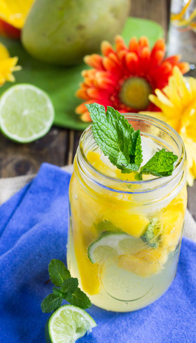 31 Clever Ways To Serve Drinks In Jars - Mango Mojito - Fun and Creative Way to Serve Soda, Tea, Cocktails and Party Drinks. Mason Jar Recipes and More Easy, Fun Ideas