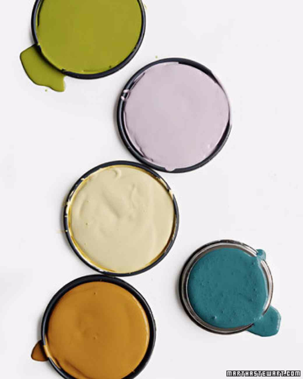 32 DIY Paint Techniques and Recipes - Milk Paint Recipe - Cool Painting Ideas for Walls and Furniture - Awesome Tutorials for Stencil Projects and Easy Step By Step Tutorials for Painting Beautiful Backgrounds and Patterns. Modern, Vintage, Distressed and Classic Looks for Home, Living Room, Bedroom and More