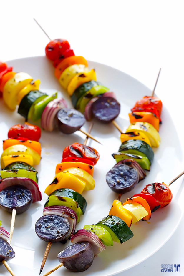 Best Recipes for a Backyard Barbecue - Rainbow Veggie Skewers - Best Cheap, Easy and Quick Recipes Ideas for Awesome Cookouts. Outdoor BBQ and Party Foods You Can Make for A Crowd http://diyjoy.com/best-bbq-recipes