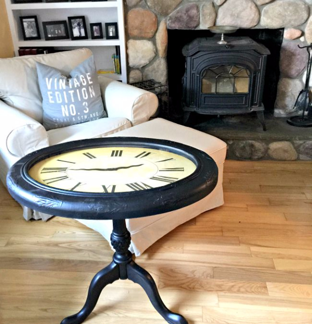 Upcycled Furniture Projects - Repurposed Clock Table - Repurposed Home Decor and Furniture You Can Make On a Budget. Easy Vintage and Rustic Looks for Bedroom, Bath, Kitchen and Living Room. #upcycled #diyideas #diyfurniture