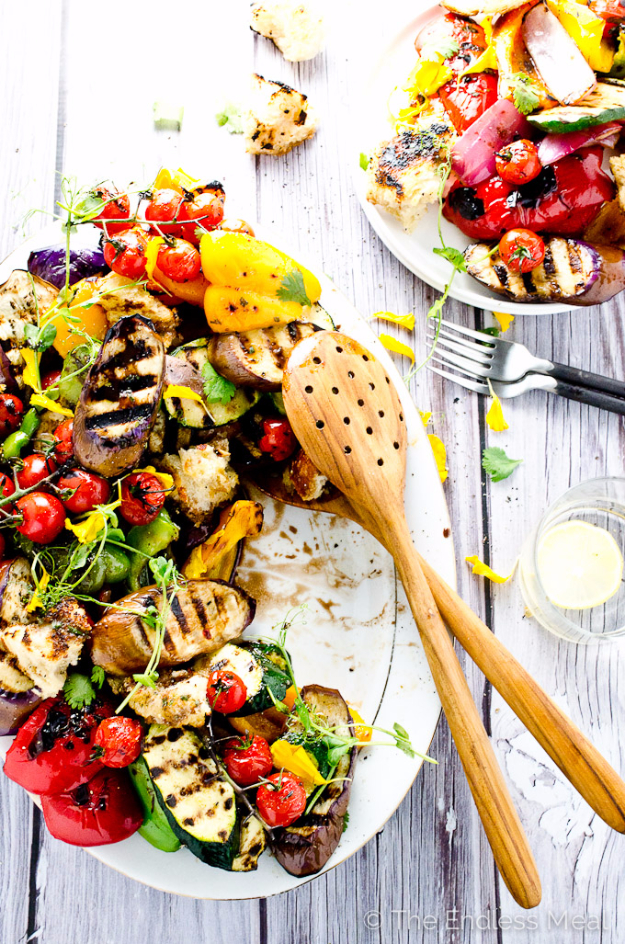Best Recipes for a Backyard Barbecue - Seared Vegetable Salad With Giant Croutons - Best Cheap, Easy and Quick Recipes Ideas for Awesome Cookouts. Outdoor BBQ and Party Foods You Can Make for A Crowd http://diyjoy.com/best-bbq-recipes