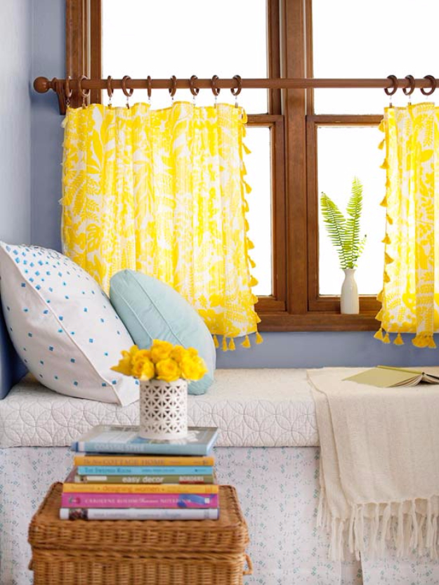 40 DIY Ways to Dress Up Boring Windows - Trimmed Tablecloth Curtains - Cool Crafts and DIY Ideas to Make Awesome Bedrooms, Living Room Decor - Easy No Sew Ideas, Cheap Ideas for Makeovers, Painting and Sewing Tutorials With Step by Step Instructions for Awesome Home Decor