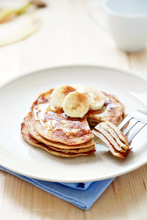 Easy Three Ingredient Recipes for Breakfast - 3 Ingredient Pancakes - Quick And Healthy 3 Ingredients Recipe Ideas for Breakfast, Lunch, Dinner, Appetizers, Snacks and Desserts - Cookies, Chicken, Crockpot Ideas, Baking and Microwave Recipes and Tutorials #easyrecipes #quickrecipes