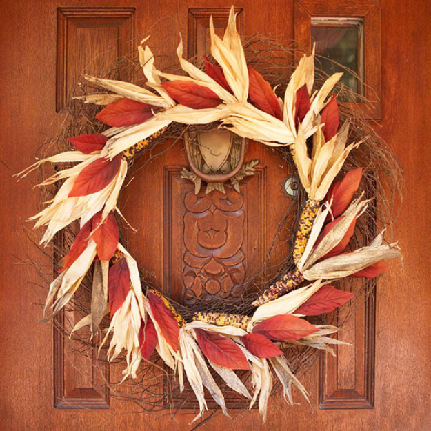 DIY Fall Wreaths for Your Door - Homemade Corn And Twigs Fall Wreath - Fall Wreaths For Front Door, Fall Wreaths Ideas To Try, Easy DIY Fall Wreaths, Brilliant Fall Wreath DIY, Porch Decor, Cool Ideas For Fall, Fall Projects
