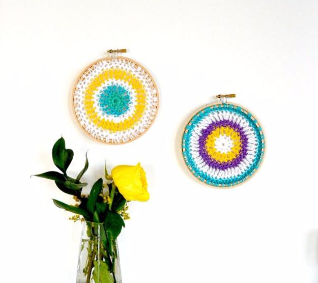 35 Easy Crochet Patterns - Crochet Mandala Hoops - Crochet Patterns For Beginners, Quick And Easy Crochet Patterns, Crochet Ideas To Try, Crochet Ideas To Make And Sell, Easy Crochet Ideas #crochet #crochetpatterns #diygifts