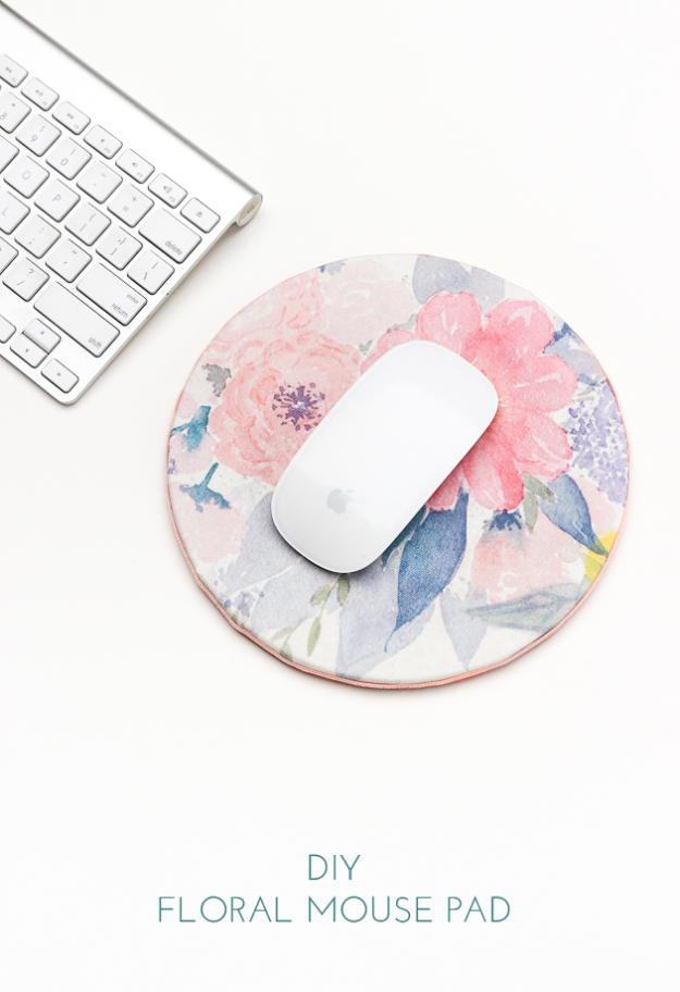 Dollar Store Crafts - DIY Floral Mouse Pad - Best Cheap DIY Dollar Store Craft Ideas for Kids, Teen, Adults, Gifts and For Home #dollarstore #crafts #cheapcrafts #diy