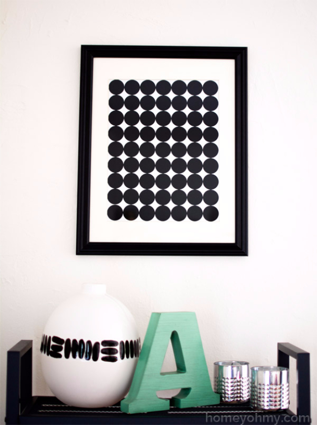 DIY Wall Art Ideas for the Bedroom - DIY Graphic Circle Wall Art - Rustic Decorating Projects For Bedroom, Brilliant Wall Art Projects, Creative Wall Art, Do It Yourself Crafts, Easy Wall Art, Bedroom Decor on a Budget, Bedroom - Paintings, Canvas Art Ideas, Wall Hangings
