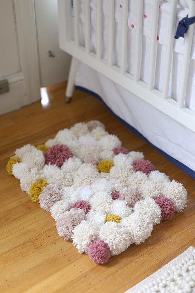 Clever DIYs Made With Yarn - DIY Pom Pom Rug - Yarn Crafts To Try, Easy Yarn DIYs, Fun Crafts To Do With Yarn, Wall Art, Awesome Yarn Ideas, Yarn DIY Projects, Brillian Yarn Craft Tutorials http://diyjoy.com/diy-curtains-drapes