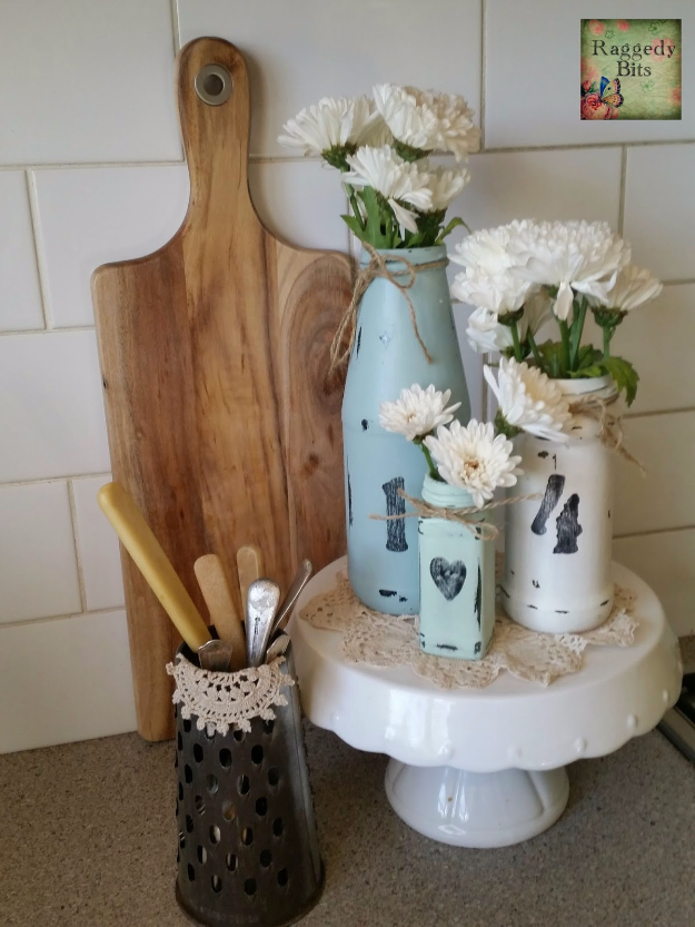Easy DIY Projects - DIY Quick Easy Homey Vases - Easy DIY Crafts and Projects - Simple Craft Ideas for Beginners, Cool Crafts To Make and Sell, Simple Home Decor, Fast DIY Gifts, Cheap and Quick Project Tutorials #diy #crafts #easycrafts
