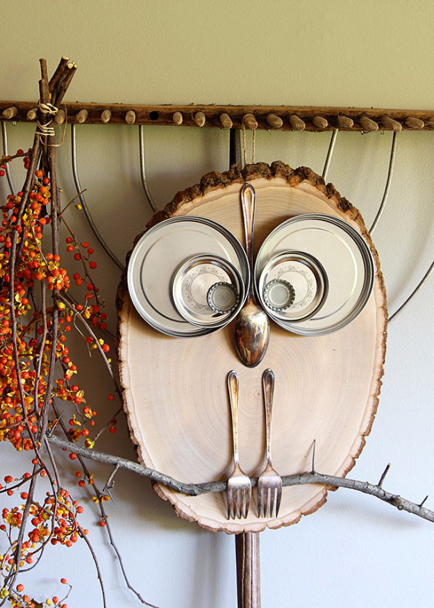 38 Best DIY Projects for Fall - DIY Wood Slice Owl - Quick And Easy Projects For Fall, Fun DIY Projects To Try This Fall, Cute Fall Craft Ideas, Fall Decors, Easy DIY Crafts For Fall