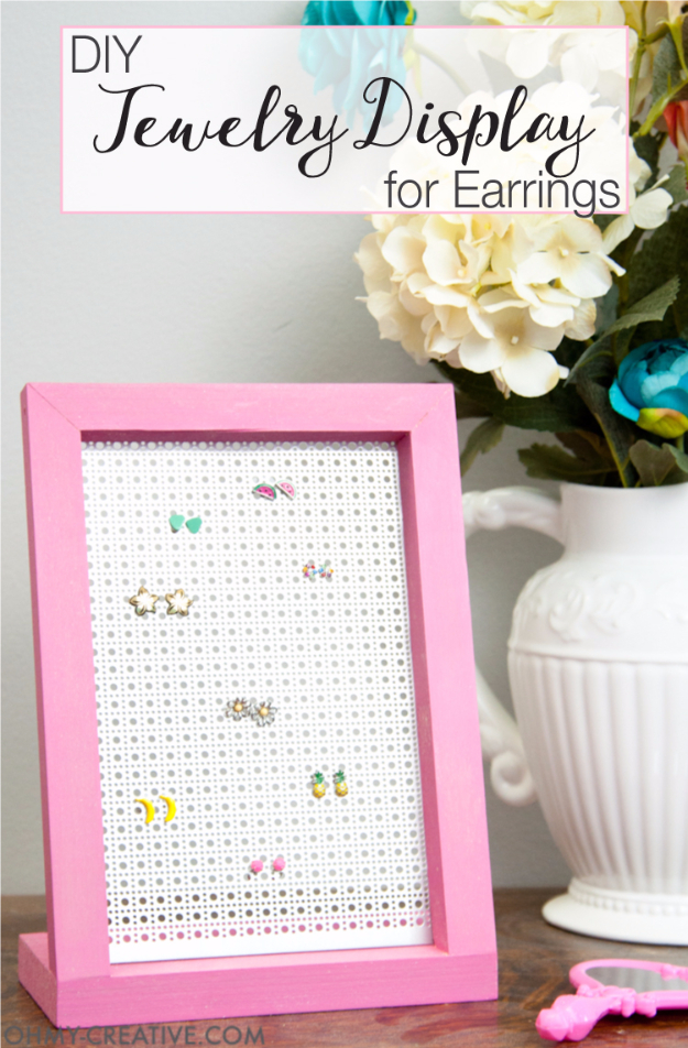 Easy DIY Projects - Easy DIY Jewelry Display Earrings - Easy DIY Crafts and Projects - Simple Craft Ideas for Beginners, Cool Crafts To Make and Sell, Simple Home Decor, Fast DIY Gifts, Cheap and Quick Project Tutorials #diy #crafts #easycrafts