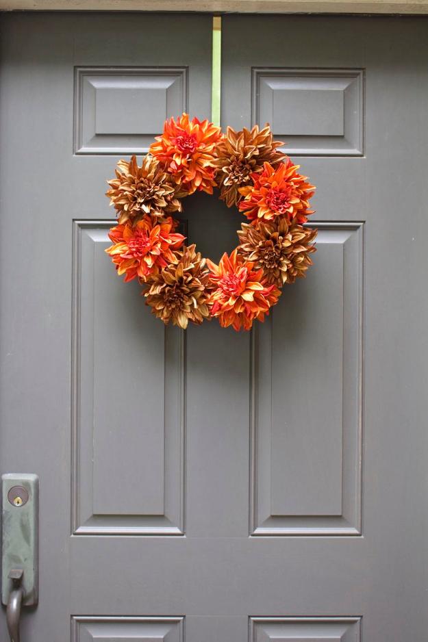 35 Fall Wreaths For Your Door
