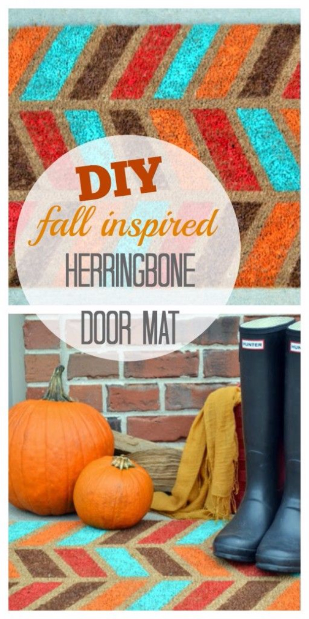 38 Best DIY Projects for Fall - Fall Inspired Herringbone Doormat Tutorial - Quick And Easy Projects For Fall, Fun DIY Projects To Try This Fall, Cute Fall Craft Ideas, Fall Decors, Easy DIY Crafts For Fall