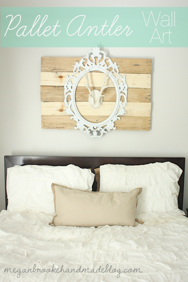 35 Wall Art Ideas For The Bedroom   Faux Pallet Antler Wall Art   Rustic  Decorating