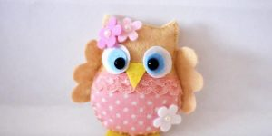 If You Can't Resist This Adorable Little Owl Watch How Easily She Makes It! (DARLING!)