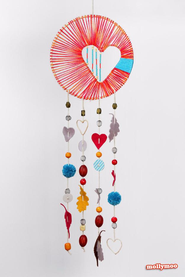 Clever DIYs Made With Yarn - Heart Hope Dreamcatcher - Yarn Crafts To Try, Easy Yarn DIYs, Fun Crafts To Do With Yarn, Wall Art, Awesome Yarn Ideas, Yarn DIY Projects, Brillian Yarn Craft Tutorials http://diyjoy.com/diy-yarn-crafts