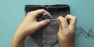 She Cuts The Leg Off Of An Old Pair Of Jeans And Watch Why! (EASY!)
