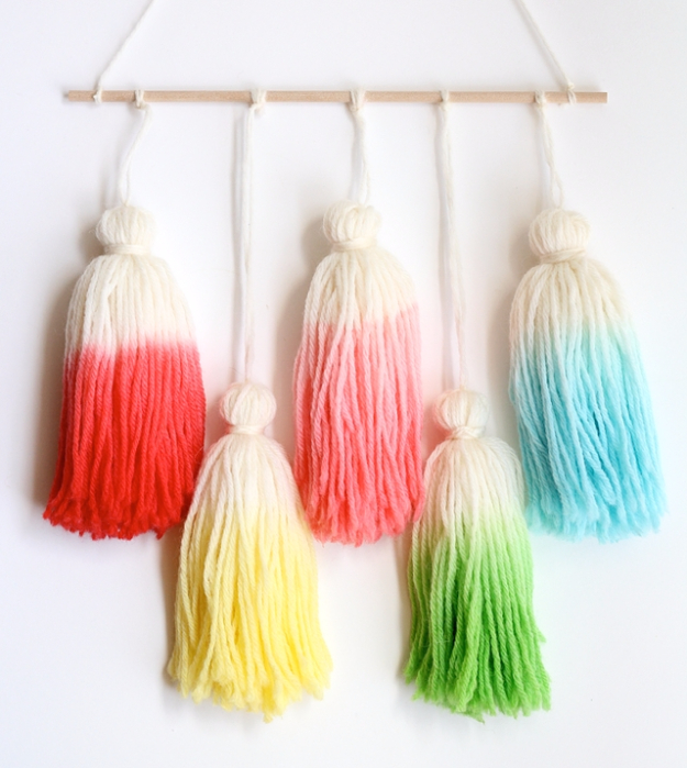 Clever DIYs Made With Yarn - Kool Aid Dip Dye Tassel Wall Hanging - Yarn Crafts To Try, Easy Yarn DIYs, Fun Crafts To Do With Yarn, Wall Art, Awesome Yarn Ideas, Yarn DIY Projects, Brillian Yarn Craft Tutorials http://diyjoy.com/diy-curtains-drapes