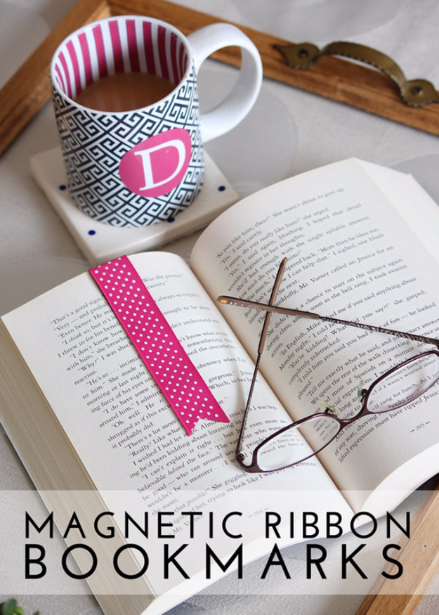 Quick Last Minute DIY Gifts You Can Make - Magnetic Ribbon Bookmarks - Easy and Quick Last Minute DIY Gift Ideas for Mom, Dad, Him or Her, Freinds, Teens, Kids, Girls and Boys. Fast Crafts and Fun Ideas in A Jar, Birthday Presents - Step by Step Tutorials #diygifts #xmas #christmasgifts #quickgifts