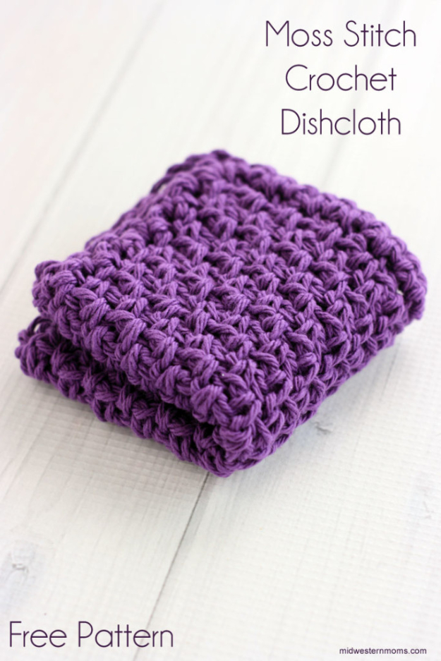35 Easy Crochet Patterns - Moss Stitch Crochet Dishcloth - Crochet Patterns For Beginners, Quick And Easy Crochet Patterns, Crochet Ideas To Try, Crochet Ideas To Make And Sell, Easy Crochet Ideas #crochet #crochetpatterns #diygifts