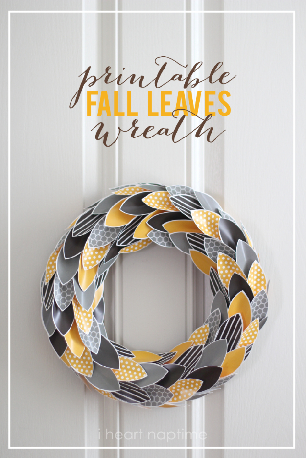35 Fall Wreaths for Your Door -Free printables Fall Leaves Wreath - Fall Wreaths For Front Door, Fall Wreaths Ideas To Try, Easy DIY Fall Wreaths, Brilliant Fall Wreath DIY, Porch Decor, Cool Ideas For Fall, Fall Projects
