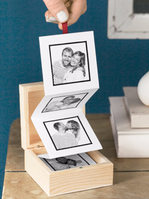 Quick Last Minute DIY Gifts You Can Make - Pop Up Photo Box - Easy and Quick Last Minute DIY Gift Ideas for Mom, Dad, Him or Her, Freinds, Teens, Kids, Girls and Boys. Fast Crafts and Fun Ideas in A Jar, Birthday Presents - Step by Step Tutorials #diygifts #xmas #christmasgifts #quickgifts