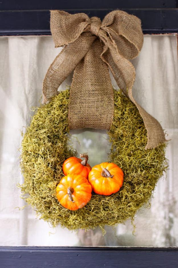 DIY Wreath for Fall Decor - Pumpkin Moss Fall Wreath Tutorial- Fall Wreaths For Front Door, Fall Wreaths Ideas To Try, Easy DIY Fall Wreaths, Brilliant Fall Wreath DIY, Porch Decor, Cool Ideas For Fall, Fall Projects