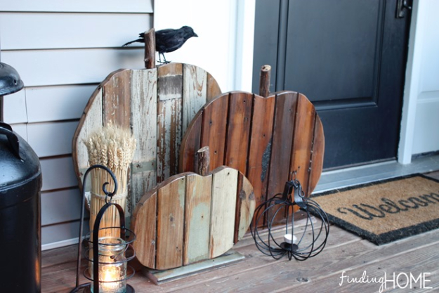 38 Best DIY Projects for Fall - Reclaimed Wood Pumpkins - Quick And Easy Projects For Fall, Fun DIY Projects To Try This Fall, Cute Fall Craft Ideas, Fall Decors, Easy DIY Crafts For Fall http://diyjoy.com/diy-projects-for-fall