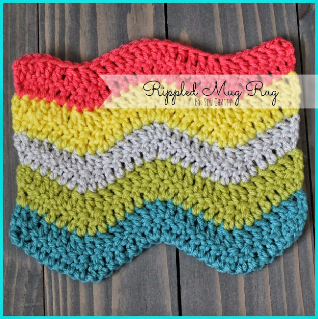 35 Easy Crochet Patterns - Rippled Mug Rug - Crochet Patterns For Beginners, Quick And Easy Crochet Patterns, Crochet Ideas To Try, Crochet Ideas To Make And Sell, Easy Crochet Ideas #crochet #crochetpatterns #diygifts