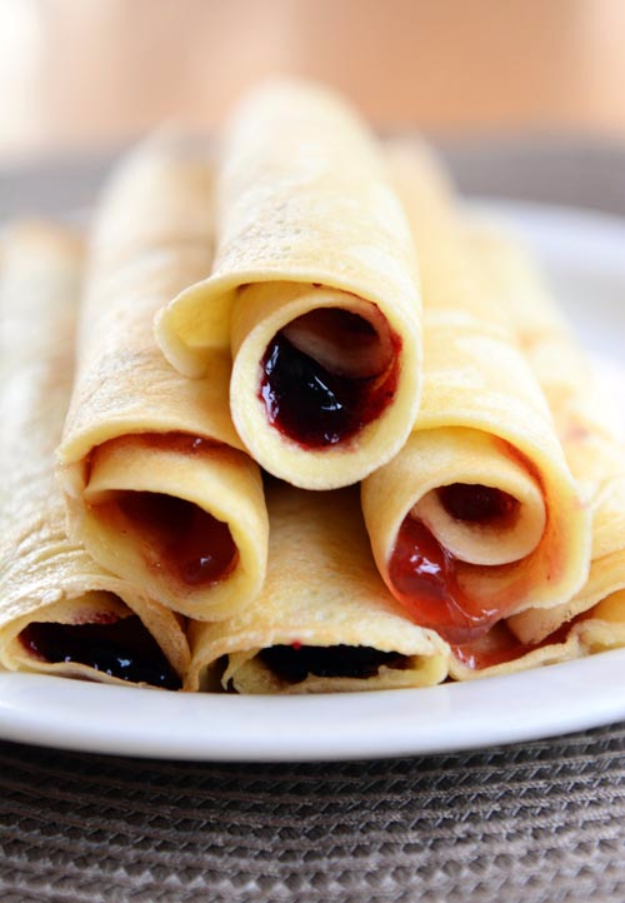 33 Easy Recipes for Back To School - Rollup Blender Pancakes - Quick and Delicious Recipe Ideas for Kids and Adults. Pack for School Lunches, Make Ahead for Work, Freeze and Store for Early Morning Breakfasts, Super Lunch Meals, Simple Snacks and Dinner