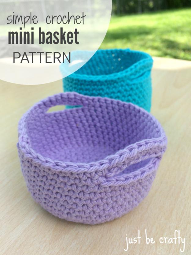 35 Easy Crochet Patterns - Simple Crochet Mini Basket Pattern - Crochet Patterns For Beginners, Quick And Easy Crochet Patterns, Crochet Ideas To Try, Crochet Ideas To Make And Sell, Easy Crochet Ideas #crochet #crochetpatterns #diygifts