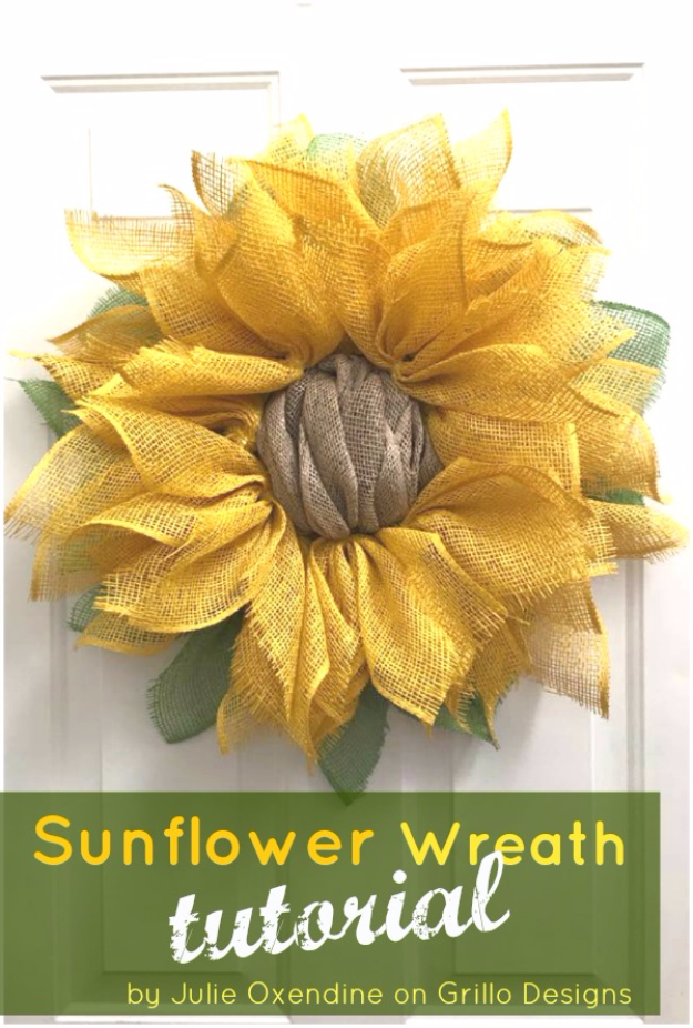 35 Fall Wreaths for Your Door - Sunflower Wreath Tutorial - Fall Wreaths For Front Door, Fall Wreaths Ideas To Try, Easy DIY Fall Wreaths, Brilliant Fall Wreath DIY, Porch Decor, Cool Ideas For Fall, Fall Projects