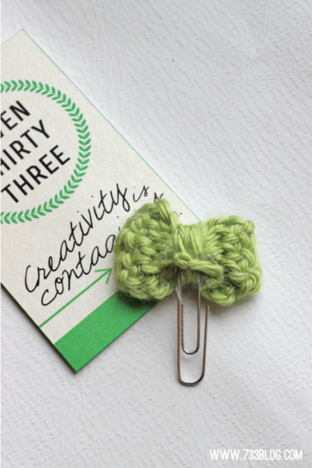 35 Easy Crochet Patterns - Tiny Crochet Bow Bookmarks - Crochet Patterns For Beginners, Quick And Easy Crochet Patterns, Crochet Ideas To Try, Crochet Ideas To Make And Sell, Easy Crochet Ideas #crochet #crochetpatterns #diygifts