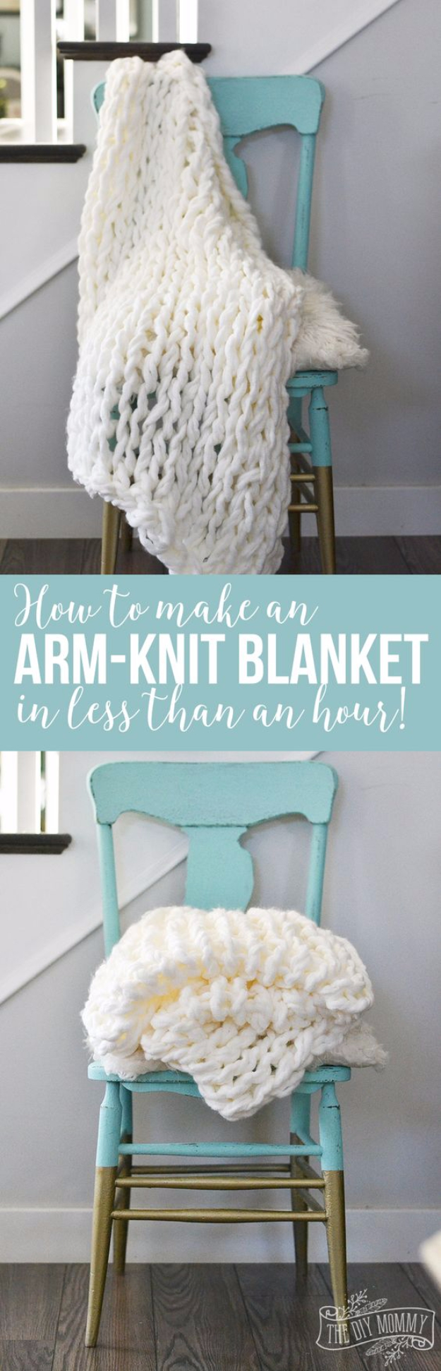 32 Easy Knitted Gifts - Arm Knit Blanket In Less Than An Hour - Last Minute Knitted Gifts, Best Knitted Gifts For Anyone, Easy Knitted Gifts To Make, Knitted Gifts For Friends, Easy Knitting Patterns For Beginners, Quick Knitting Ideas #knitting #gifts #diygifts