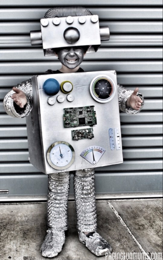 Best DIY Halloween Costume Ideas - Coolest Robot Costume Ever - Do It Yourself Costumes for Women, Men, Teens, Adults and Couples. Fun, Easy, Clever, Cheap and Creative Costumes That Will Win The Contest