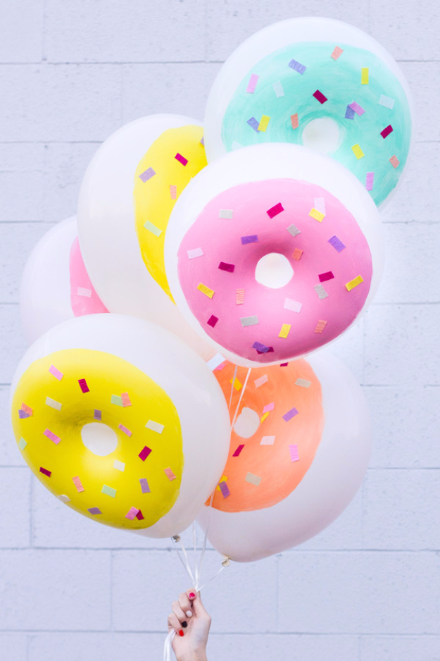 39 Easy DIY Party Decorations -DIY Donut Balloons - Quick And Cheap Party Decors, Easy Ideas For DIY Party Decor, Birthday Decorations, Budget Do It Yourself Party Decorations http://diyjoy.com/easy-diy-party-decorations