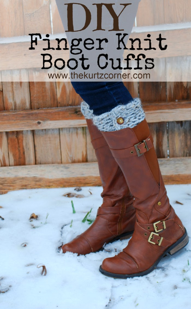 38 Easy Knitting Ideas - DIY Finger Knit Boot Cuffs- Knitting Ideas For Beginners, Cute Kinitting Projects, Knitting Ideas And Patterns, Easy Knitting Crafts, Gifts You Can Knit#diy #knitting