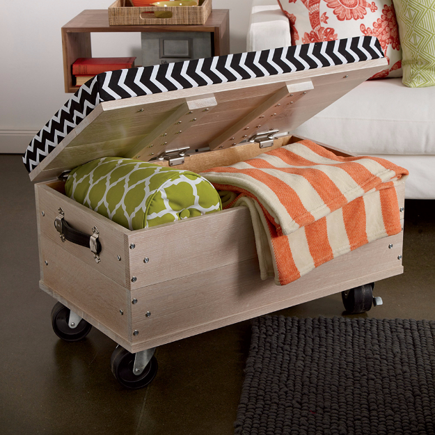 42 DIY Room Decor for Girls - DIY Rolling Ottoman - Awesome Do It Yourself Room Decor For Girls, Room Decorating Ideas, Creative Room Decor For Girls, Bedroom Accessories, Cute Room Decor For Girls