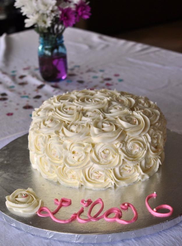 41 Best Homemade Birthday Cake Recipes - DIY Rosette Cake - Birthday Cake Recipes From Scratch, Delicious Birthday Cake Recipes To Make, Quick And Easy Birthday Cake Recipes, Awesome Birthday Cake Ideas http://diyjoy.com/best-birthday-cake-recipes