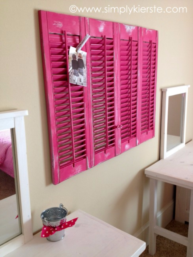 42 DIY Room Decor for Girls - DIY Shutters Clipboard - Awesome Do It Yourself Room Decor For Girls, Room Decorating Ideas, Creative Room Decor For Girls, Bedroom Accessories, Cute Room Decor For Girls