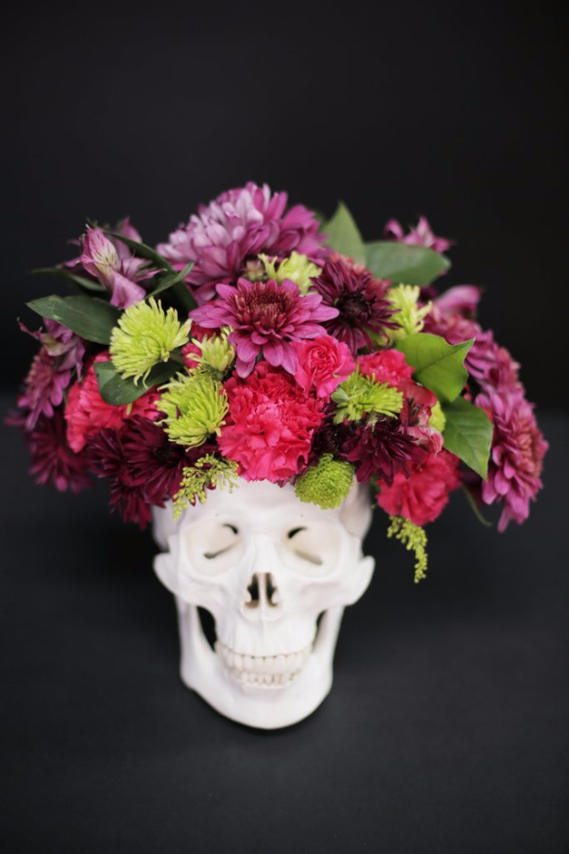 DIY Halloween Decorations - DIY Skull Floral Arrangement - Best Easy, Cheap and Quick Halloween Decor Ideas and Crafts for Inside and Outside Your Home - Scary, Creepy Cute and Fun Outdoor Project Tutorials http://diyjoy.com/cheap-diy-halloween-decorations