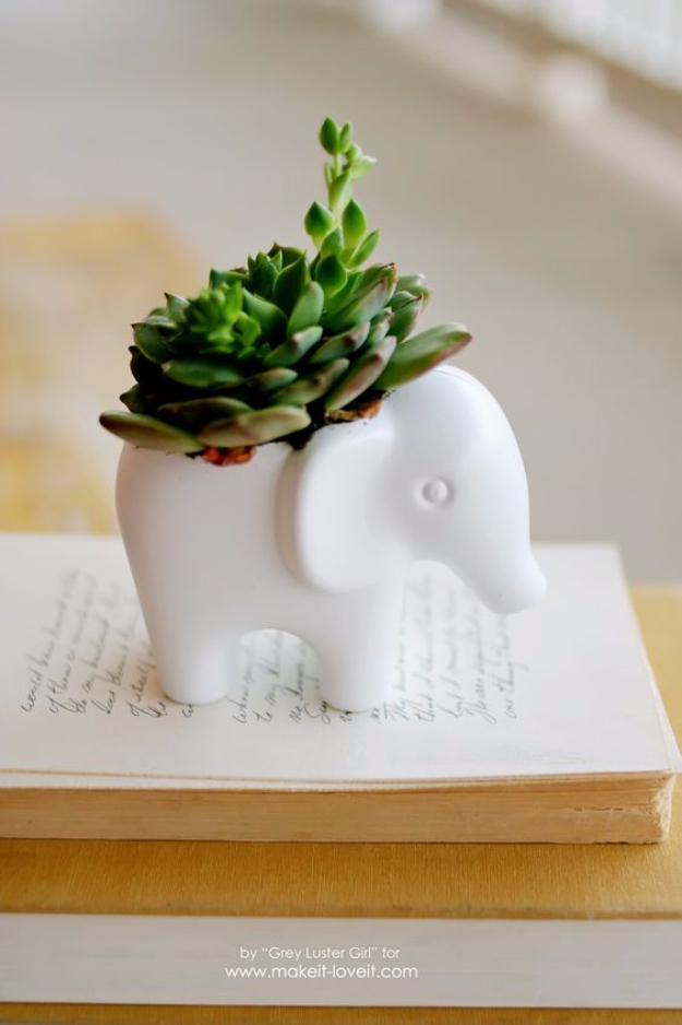 42 DIY Room Decor for Girls - DIY Toy Elephant Succulent Planter - Awesome Do It Yourself Room Decor For Girls, Room Decorating Ideas, Creative Room Decor For Girls, Bedroom Accessories, Cute Room Decor For Girls