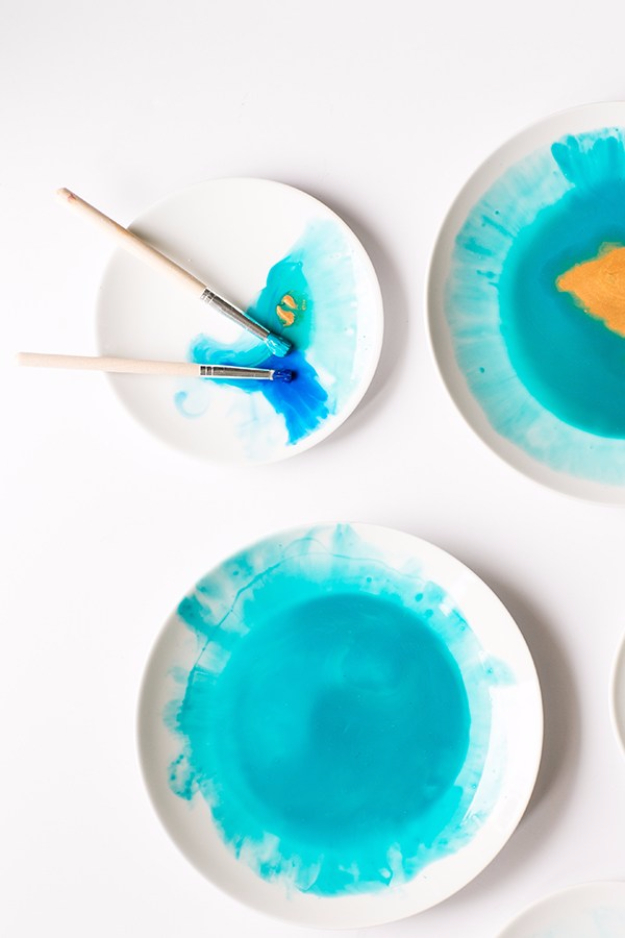 DIY Projects With Old Plates and Dishes - DIY Watercolor Plates - Creative Home Decor for Rustic, Vintage and Farmhouse Looks. Upcycle With These Best Crafts and Project Tutorials #diy #kitchen #crafts