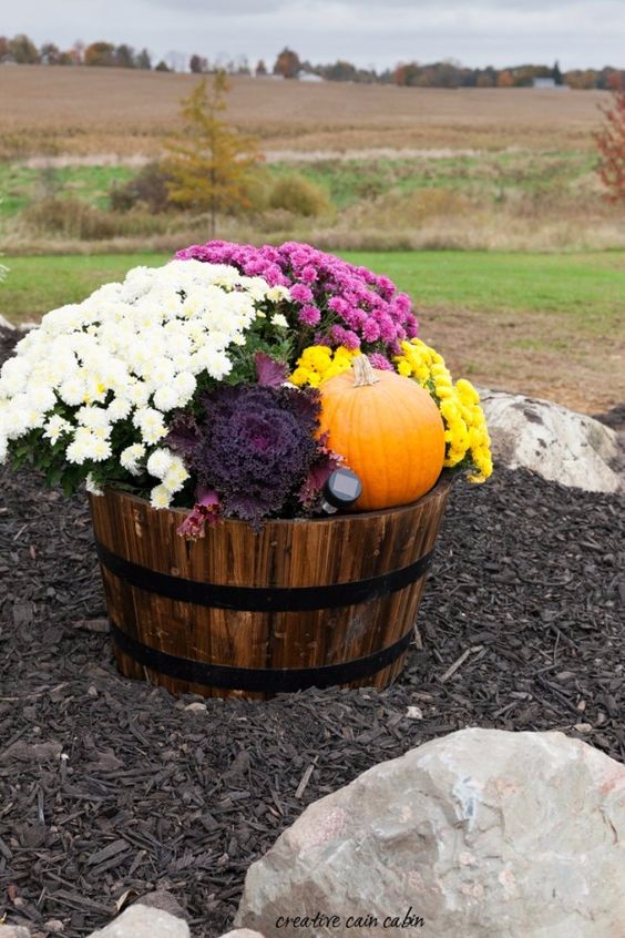 Beautiful Fall Gardening Ideas Part - 7: Best Gardening Ideas For Fall - Fall Whiskey Barrel - Cool DIY Garden Ideas  For Planting